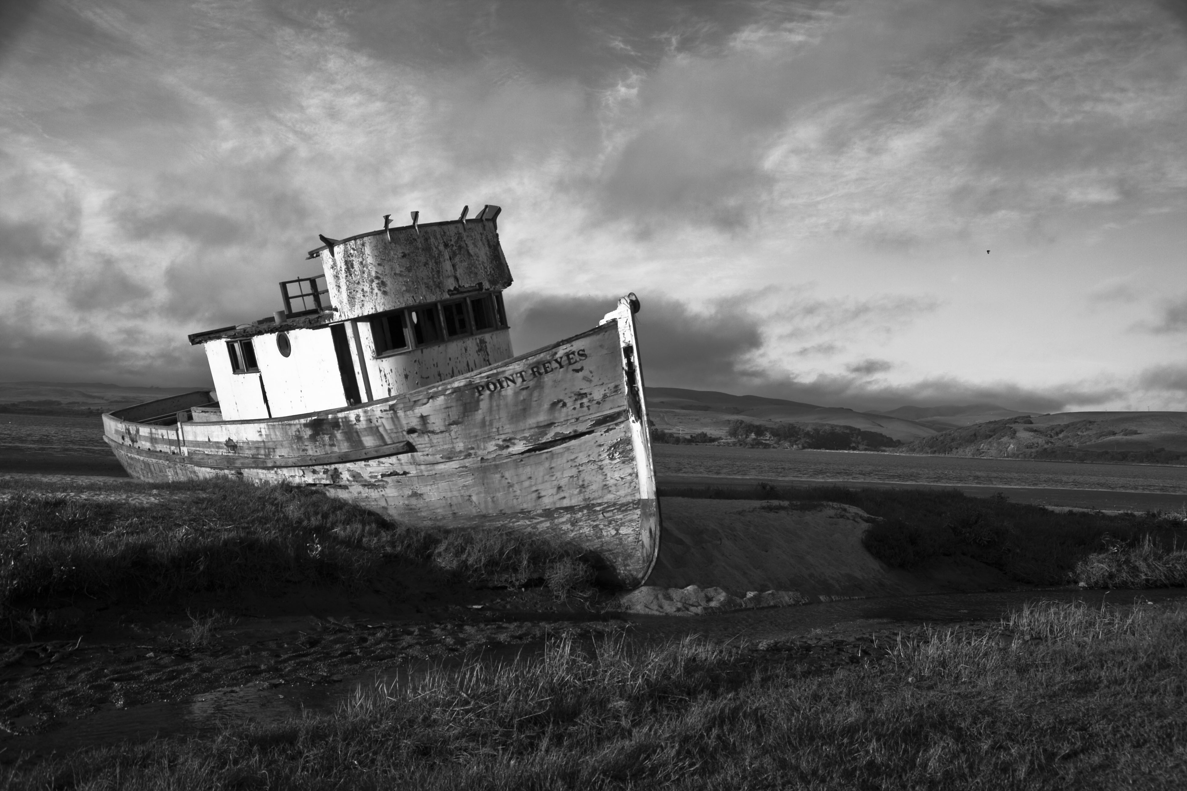 point-reyes-boat-bw2.jpg
